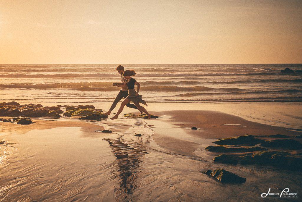 saut en longueur amoureux plage