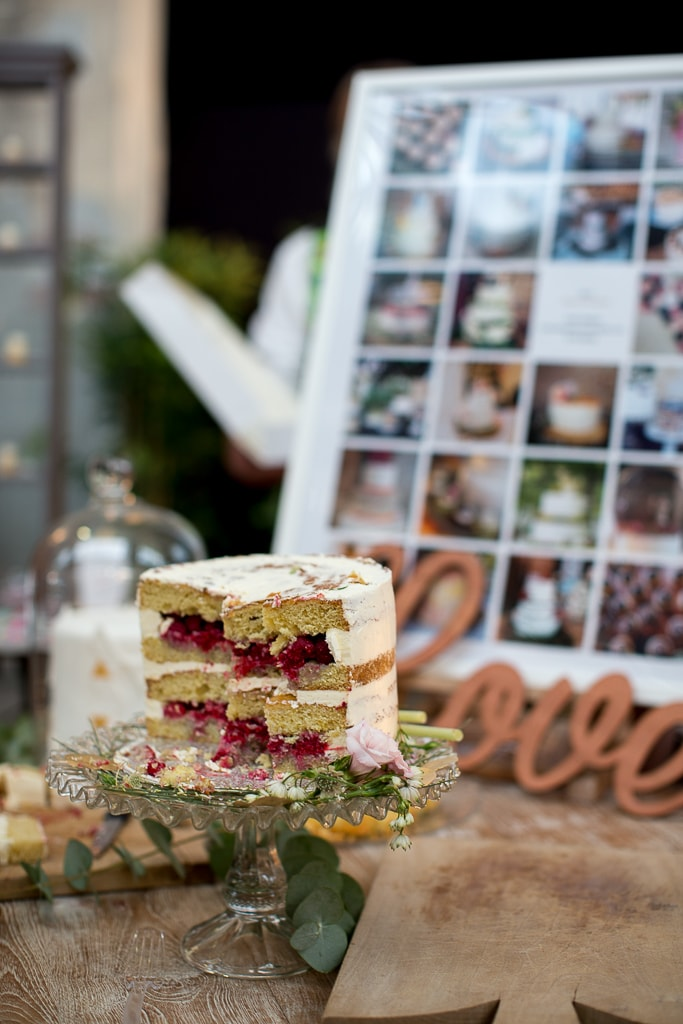 wedding cake bordeaux
