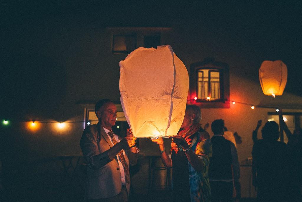 emak bakea lanternes