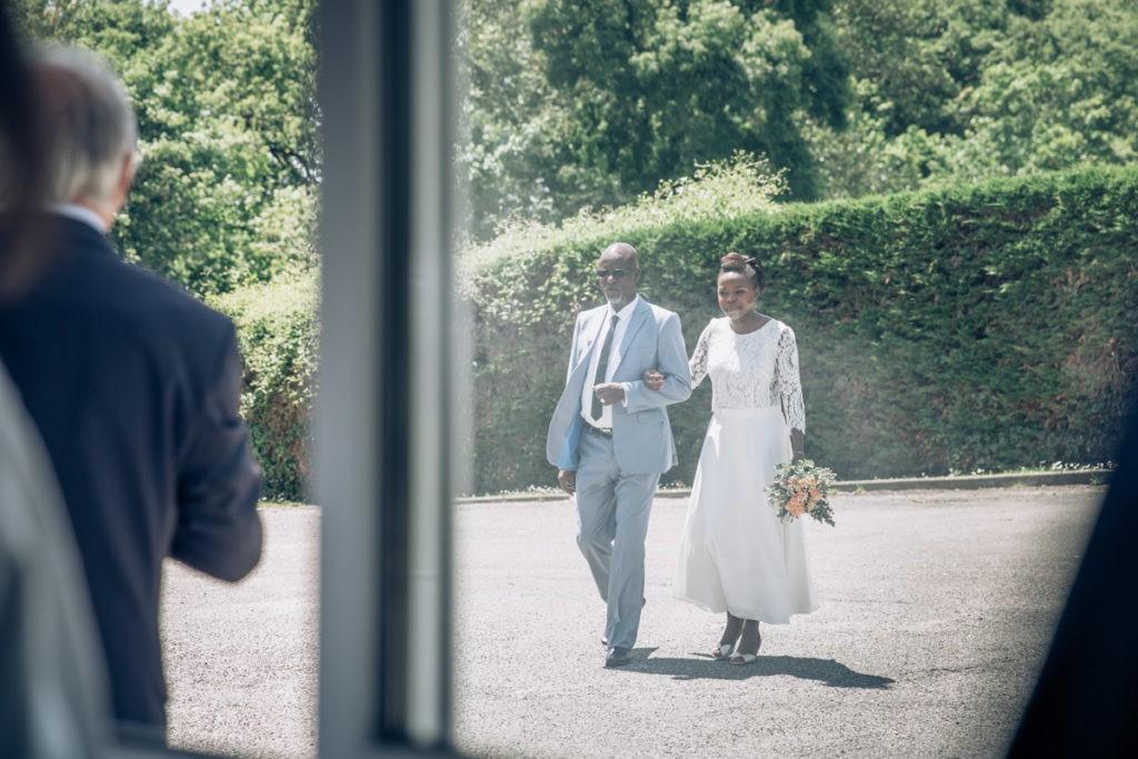 arrivee de la mariée à la mairie