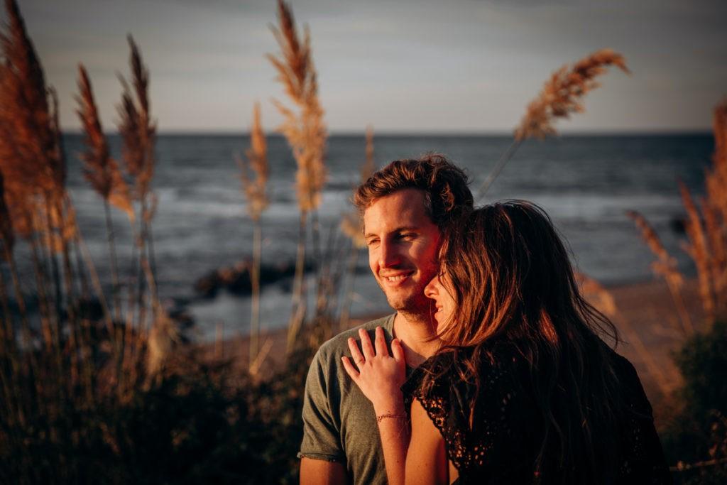 seance photo couple coucher soleil pays basque