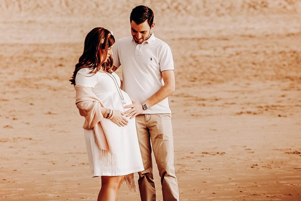 séance grossesse à la plage